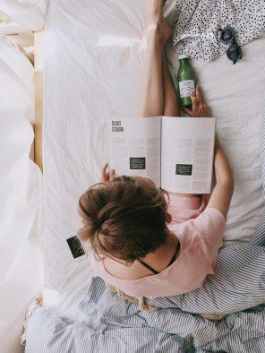 adult-bed-bedroom-698158